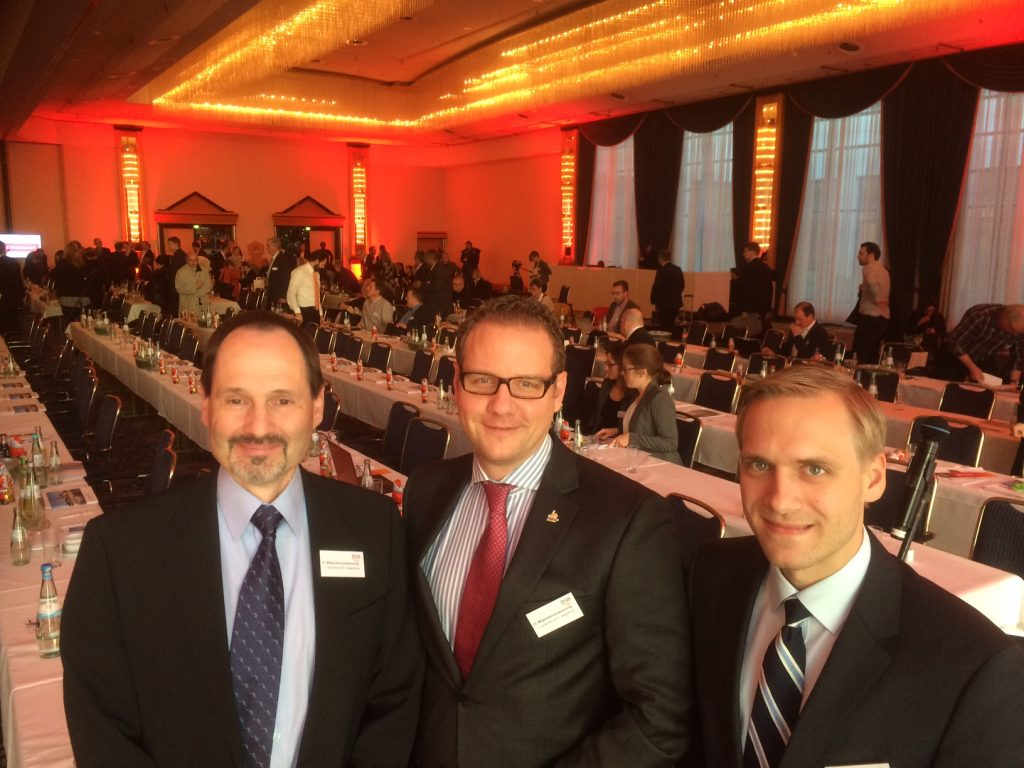 Vizepräsident Jürgen Elsishans, Präsident Mirko Heid und Geschäftsführer Jan Hendler vertraten den DBV bei der Mitgliederversammlung in Magdeburg (Foto: DBV)