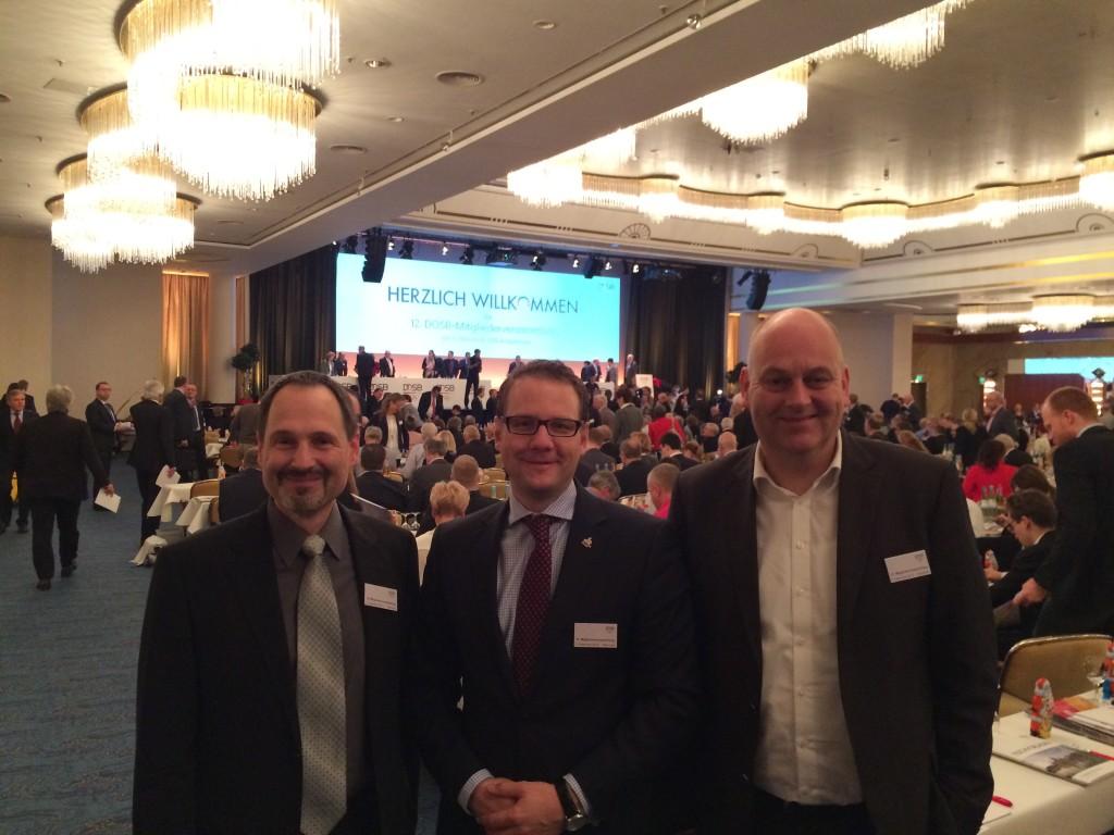 DBV-Präsident Mirko Heid (mi) und die DBV-Vizepräsidenten Jürgen Elsishans (li.) und Christopher Goulet (re.) vertraten den Deutschen Baseball und Softball Verband bei der DOSB-Mitgliederversammlung in Hannover