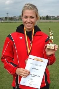 Best Hitter 2010 - Arlene Quinn